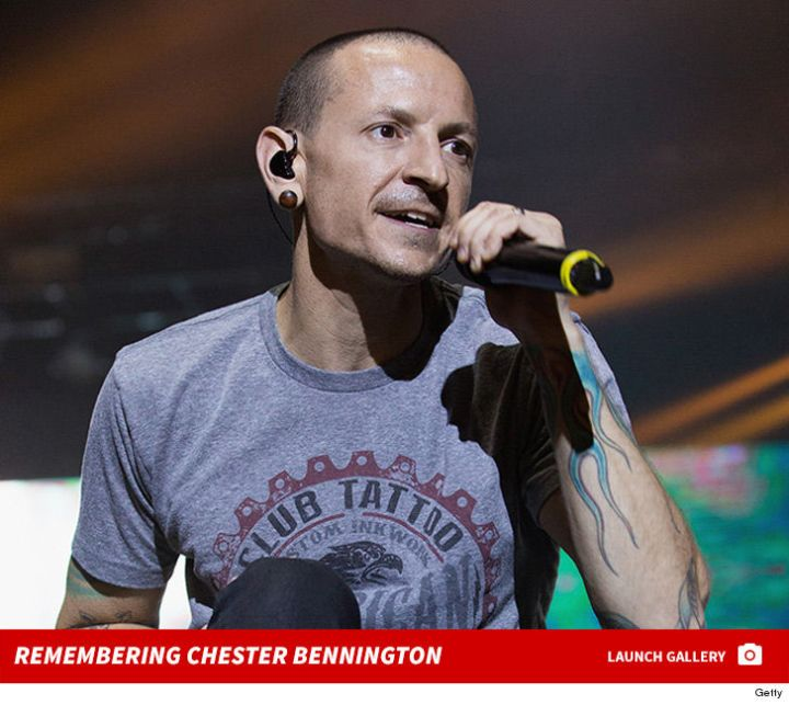 Linkin Park singer Chester Bennington dies today 7/20/2017