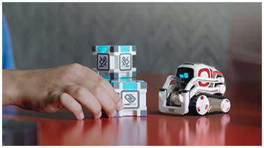 cozmo robot with blocks