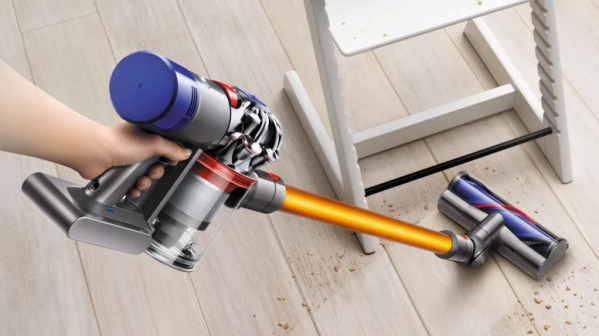 Dyson rechargeable V8 vacuum battery dying and solution